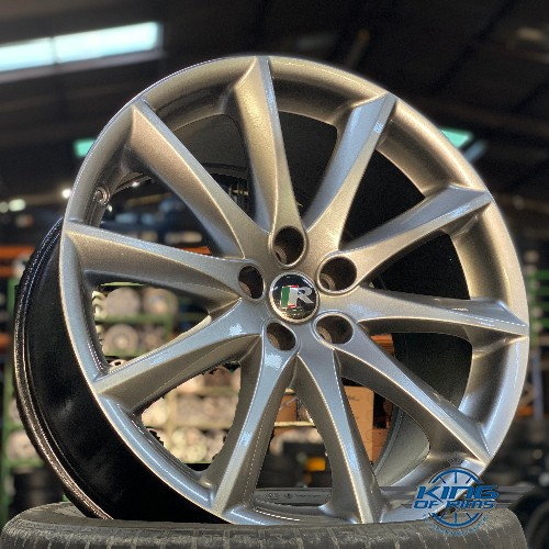 Used Original 19 inch Jaguar Staggered Wheel
